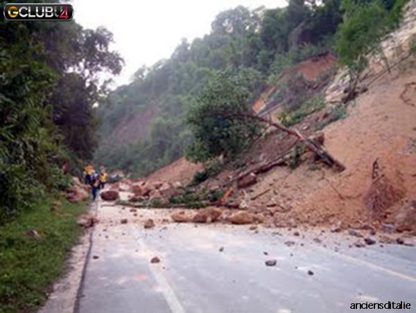 ภัยธรรมชาติแผ่นดินถล่ม