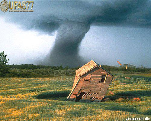 พายุทอร์นาโดก่อตัวอย่างไร